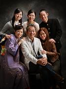2012年九州写真師連盟主催第114回九州写真展覧会にて第3部(営業写真)-入選-9席 嬉しい父の日
