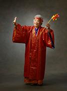 2013年九州写真師連盟主催第115回九州写真展覧会にて第3部(営業写真)-入選-8席 おばーのカジマヤー祝